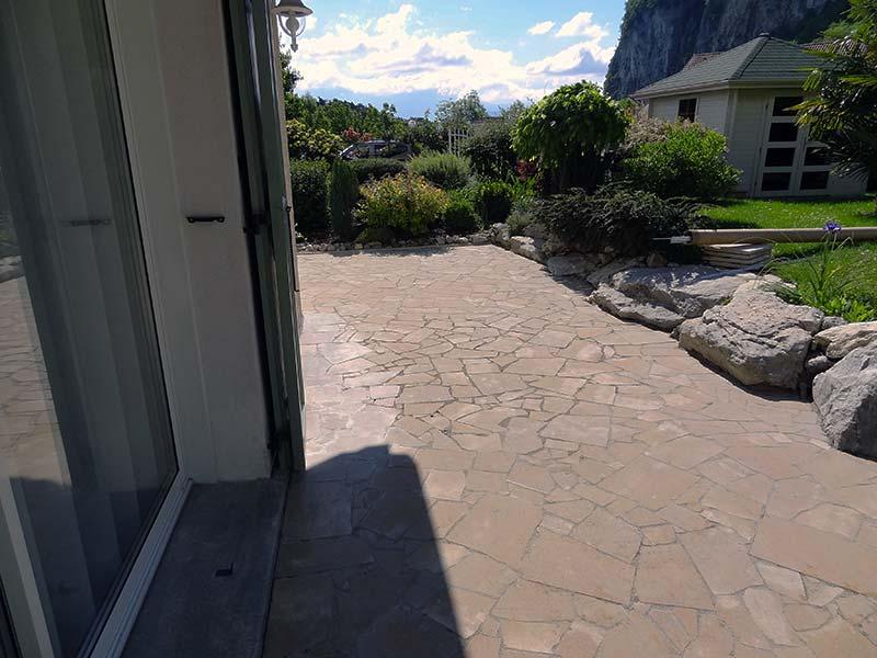 charmant terrasse avant granulat 1